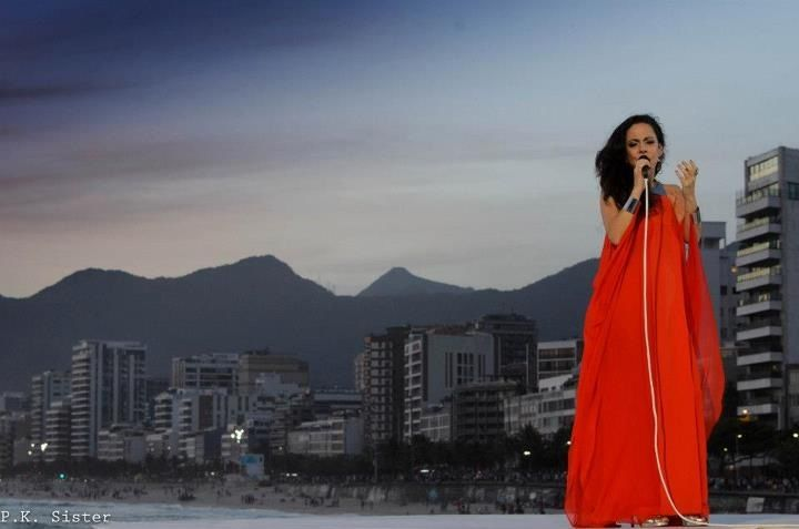 Bebel Gilberto live in Brazil for new DVD