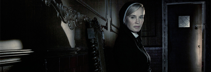 """Madness Ends"" on Season Finale of American Horror Story: Asylum"